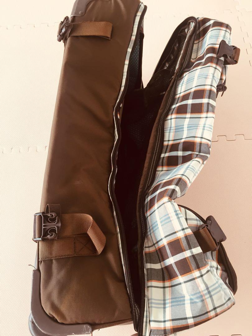 Dakine split roller luggage