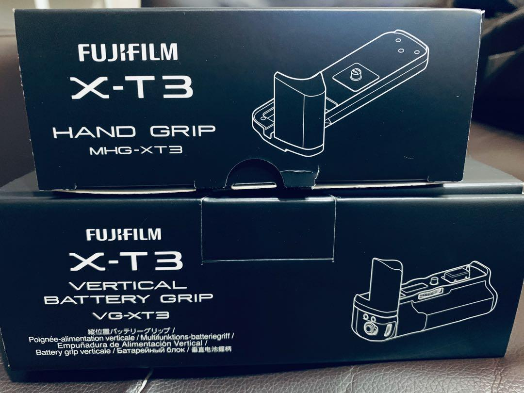 Fuji XT3 hand and batter grip
