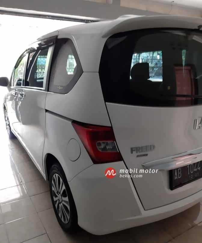 Jual Mobil HONDA FREED E ASD thn 2013/Discon 20%