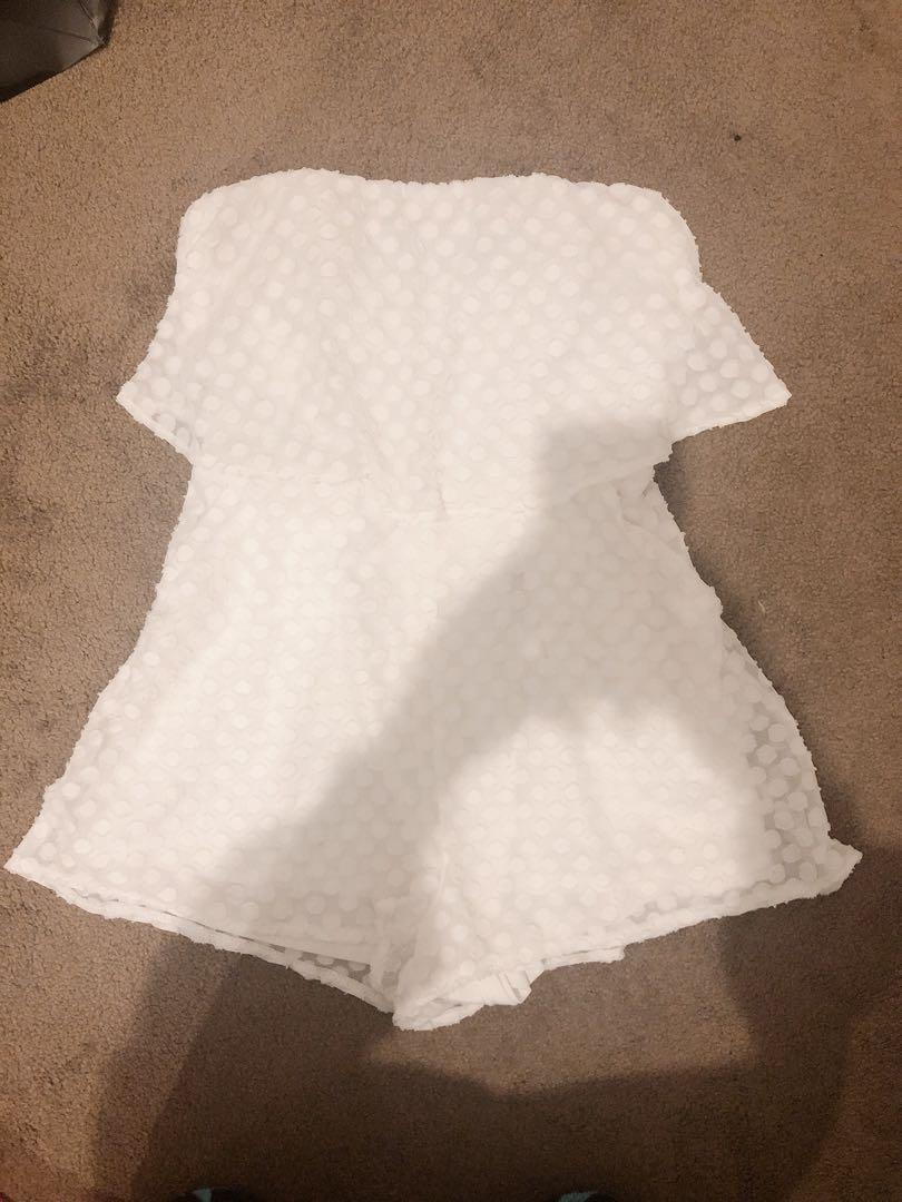 Luvalut White Strapless Playsuit sz6-8