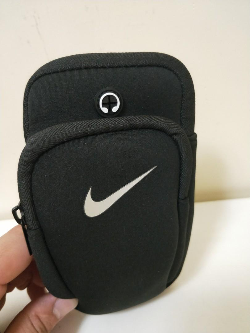 Nike運動小包