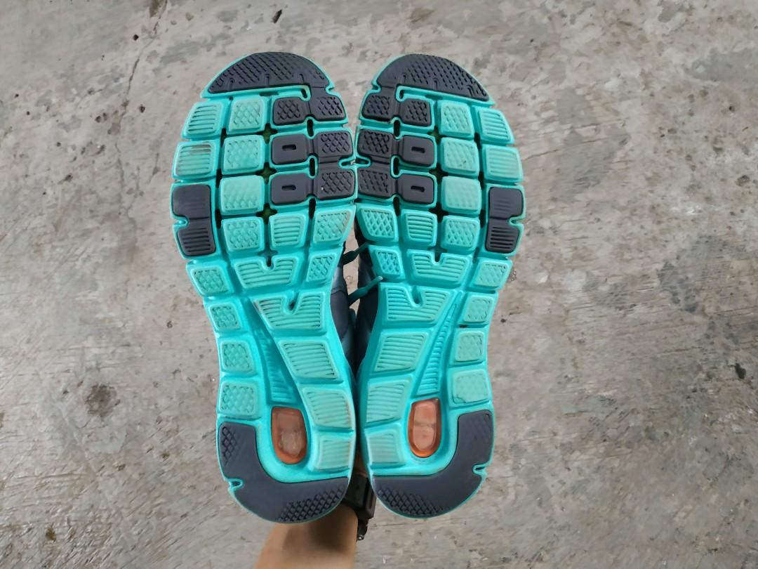 Sepatu sport running asics gel size 39 40 bekas original