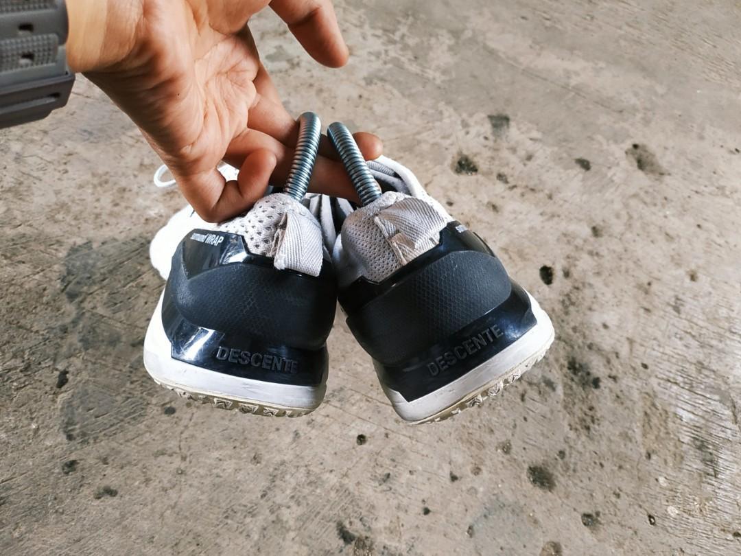 Sepatu sport running descente size 40 41 original not adidas reebok nike fila diadora