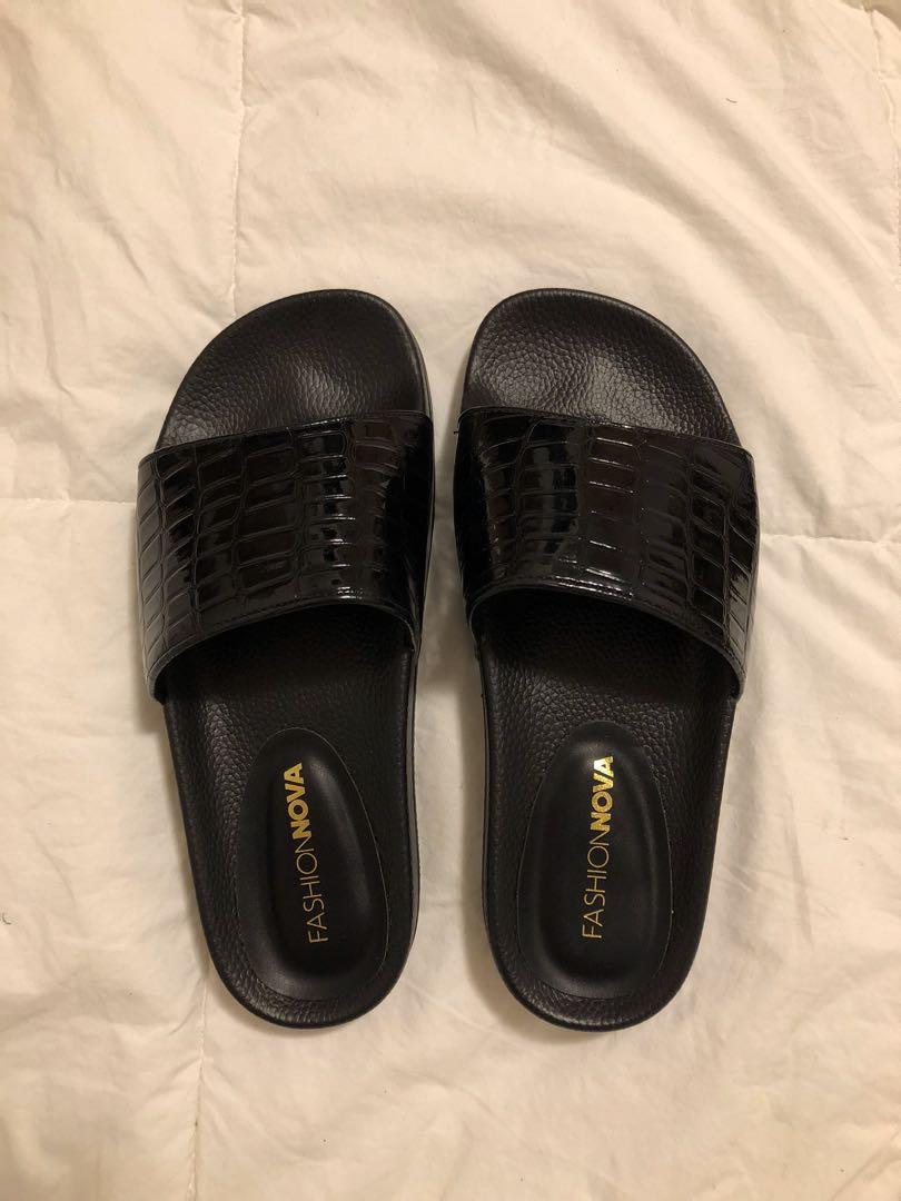 Size 7 - Fashion Nova 'Slip Into This Sliders' Slides