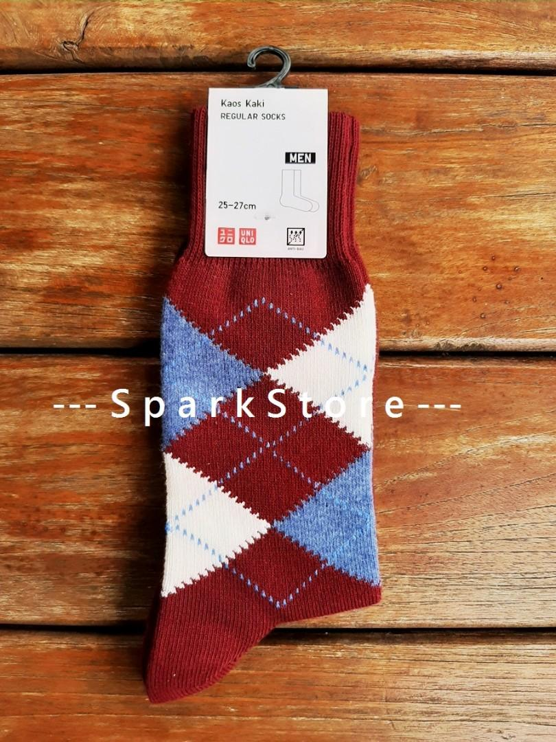 Uniqlo Kaos Kaki Regular Socks Argyle Merah
