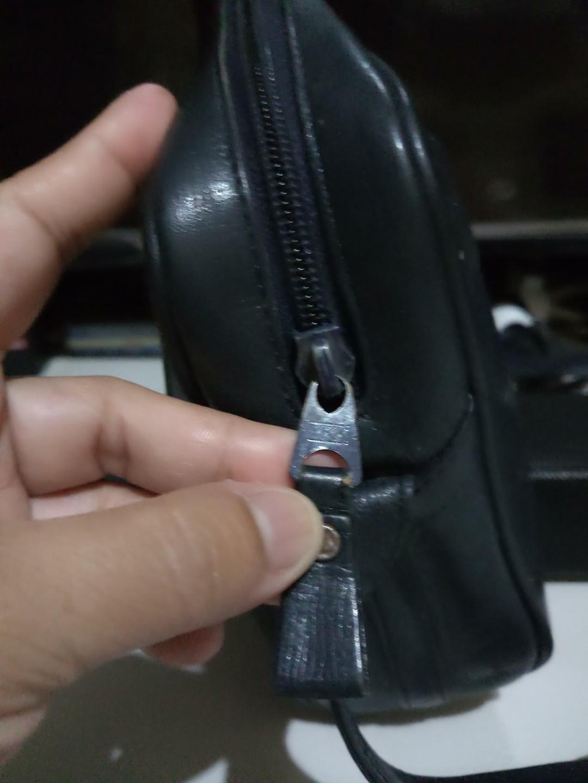Vintage YSL sling/shoulder bag