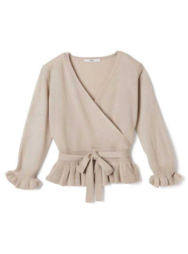 氣質🍀🍀日糸v領包裹式花邊針織上衣(冇腰帶)Japan ruffle trimmed wrapped knit top beige top black top (no belt)