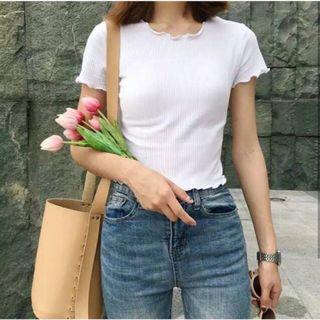 T-shirt kaos putih rajut rib knit kriwil o-neck tumblr