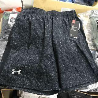 全新正品UA男跑褲M號,原價$1680