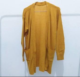 New outer atau cardigan mustard