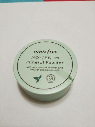 Innisfree 控油蜜粉