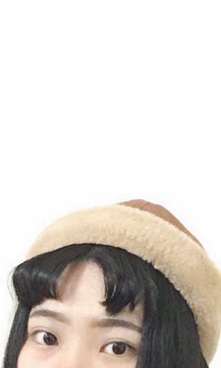 毛絨絨咖啡色水兵帽