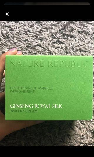 Ginseng royal silk nature republic