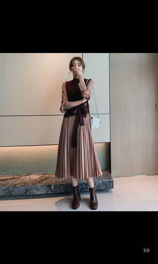 2019秋冬季两件套装連身裙新款女装收腰顯瘦百褶裙子