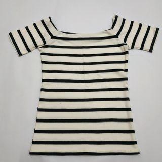 #1010 Leneys - marina knitpicks 2 ways stripe top (white)
