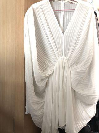 浪漫白 蝴蝶袖百褶雪紡連身褲裙