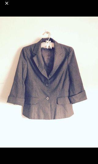[Set] YING Fashion Classic Cropped Brown Pinstripe Pant Suit Set