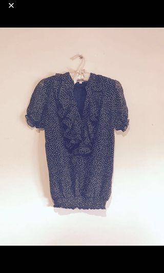 💕#Prelovedwithlove St. Yves Cute Ruffle Polkadot Print blouse