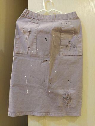 淺紫色及膝牛仔刷破窄裙