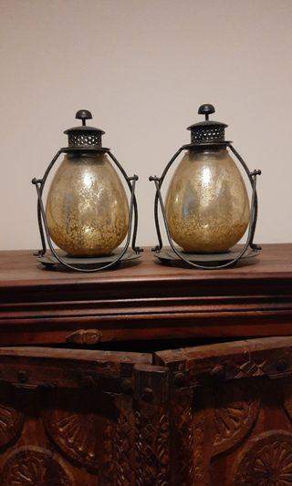 A pair of lamp for sale