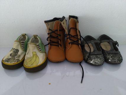 SALE --> Sepatu balita