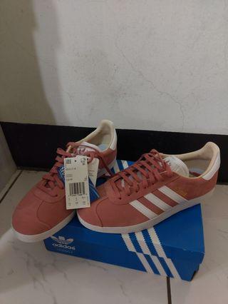 Adidas GAZELLE W 乾燥玫瑰粉 休閒鞋