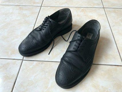 Mario minardi Wing tip shoes Like Brogues Dr.martens