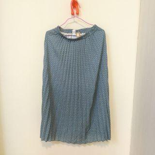 水藍半身裙