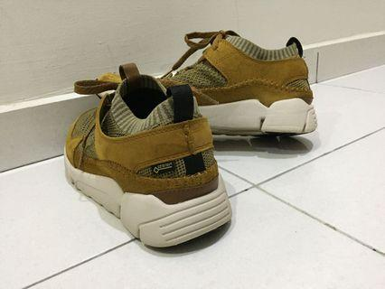 Clarks Leather Tri Active Up
