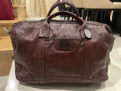 Brand new Fossil Travel Bag to let go