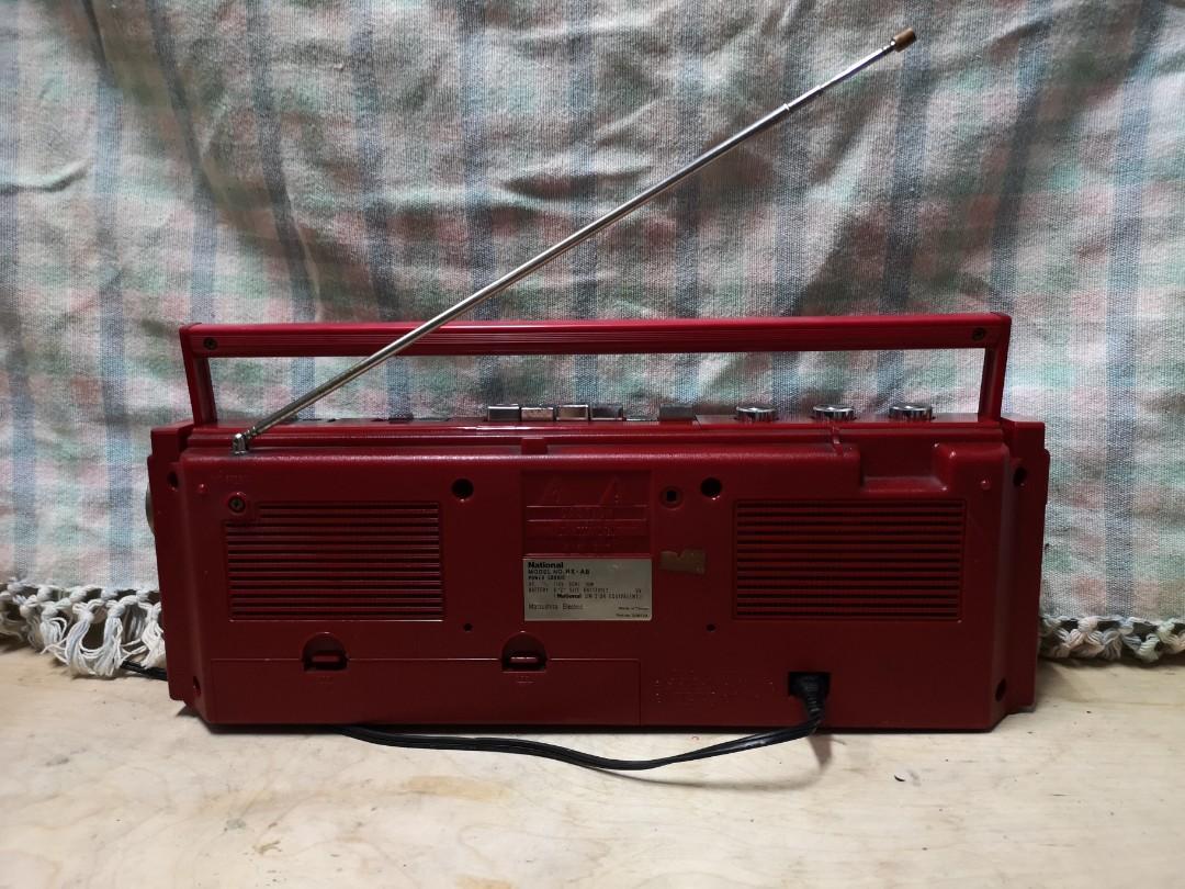 國際牌古董收錄音機,兩波段收音,卡帶放音收音都正常,音效美,台中市南區自取價1850元
