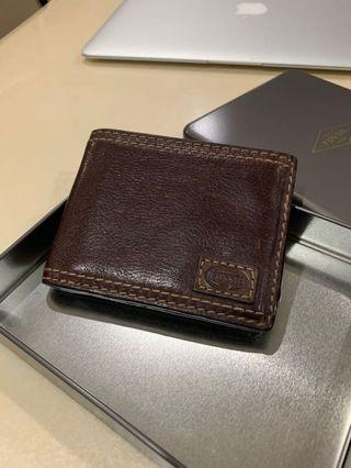 Fossil Wallet to let go