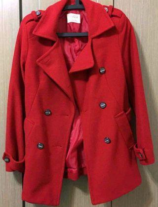 Air spce紅色外套