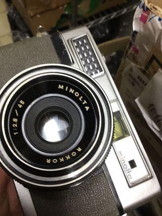底片 單眼相機 uniamat Minolta f2.8 鏡頭 送背帶