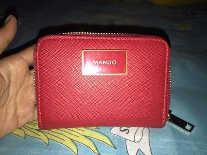 Dompet Mango