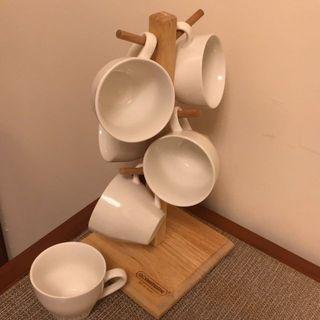 急售 詩肯柚木 咖啡杯套組 陶瓷杯 杯架 全新 6個杯子+1個架子 其中有一個杯子有點瑕疵(請看圖三)便宜售可議價