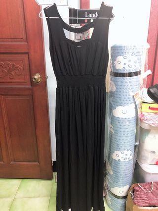 黑色性感長裙