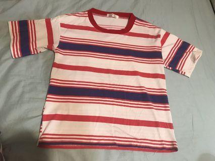紅藍條紋上衣