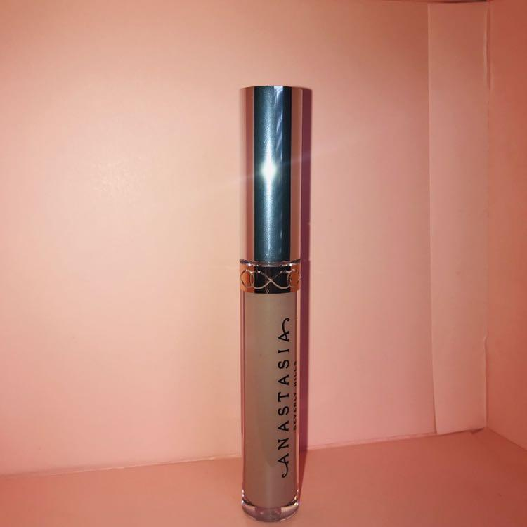 ABH Anastasia Beverly Hills Liquid Lipstick in Pure Hollywood