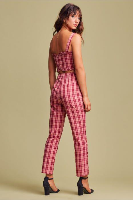 FINDERS KEEPERS Downtown Pink Red Checkered Ruffle Work Pants - Size XXS - Like New