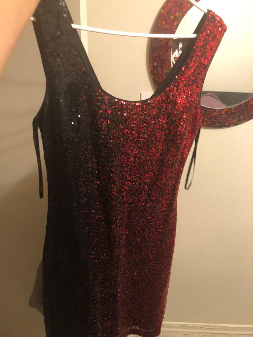 Guess dress with sequins black and red