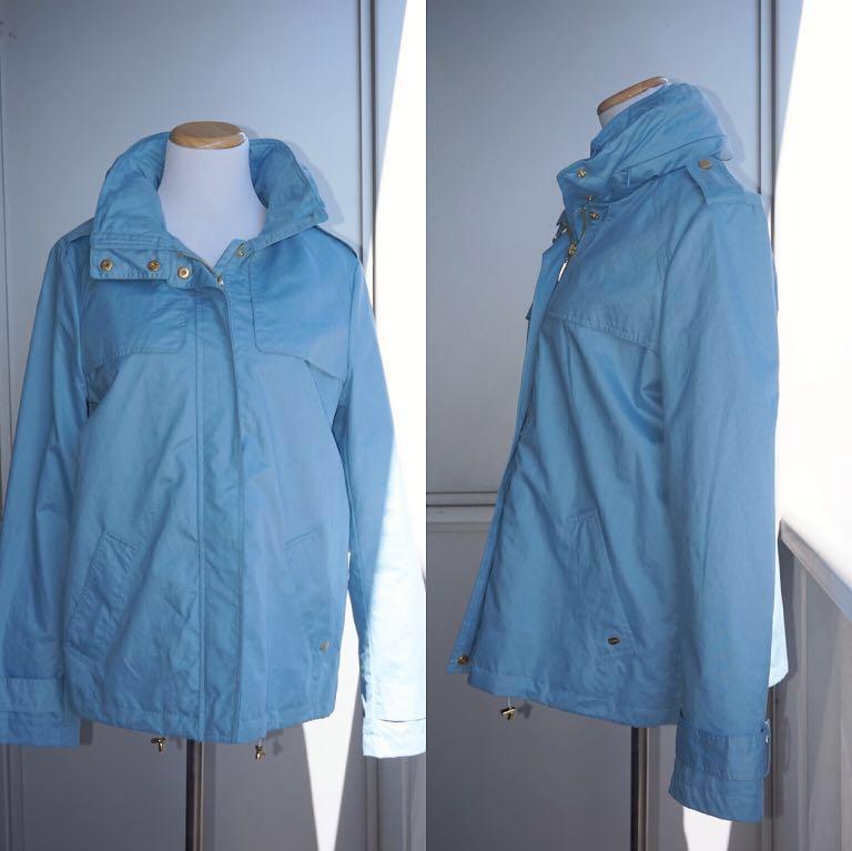 *NWOT* Ellen Tracy Chintz Golf Jacket with Stowaway Hood in Sky Blue Women Size S