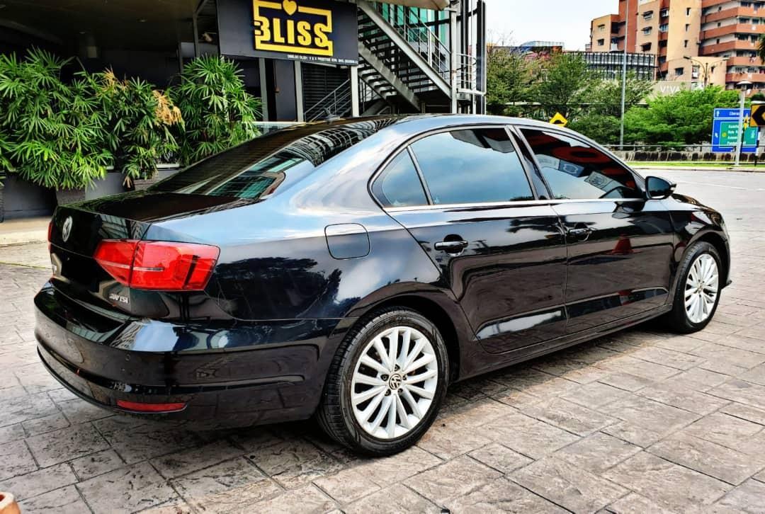 SEWA BELI>>VW JETTA 1.4 TURBO PADDLE SHIFT 2016/2016