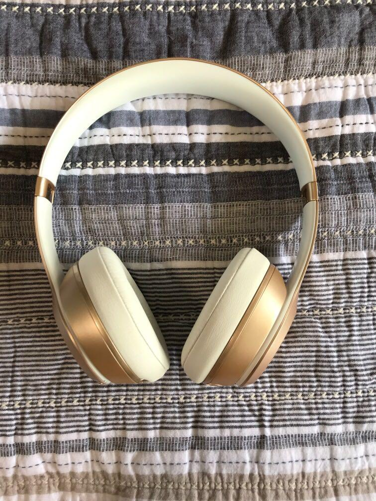Special edition gold Beats by Dre solo2 wireless headphones