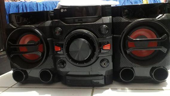 LG Mini Hifi DM5360