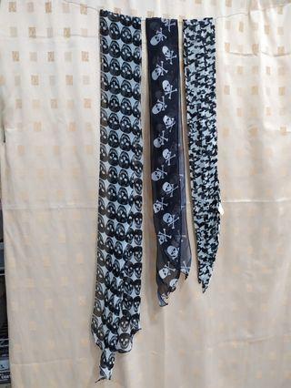 黑白絲巾三條一起賣$100