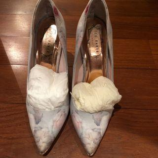 Ted Baker Baby Blue Floral Court Shoes Size 36