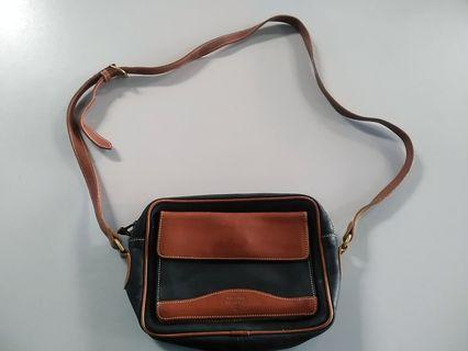 Mcguire Nicholas ( MADE IN USA )  Crazy horse Leather Sling Bag