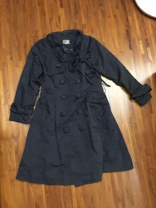 深藍色排釦 長版氣質風衣外套