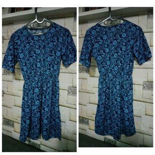 Blue Floral /Dress Pantai